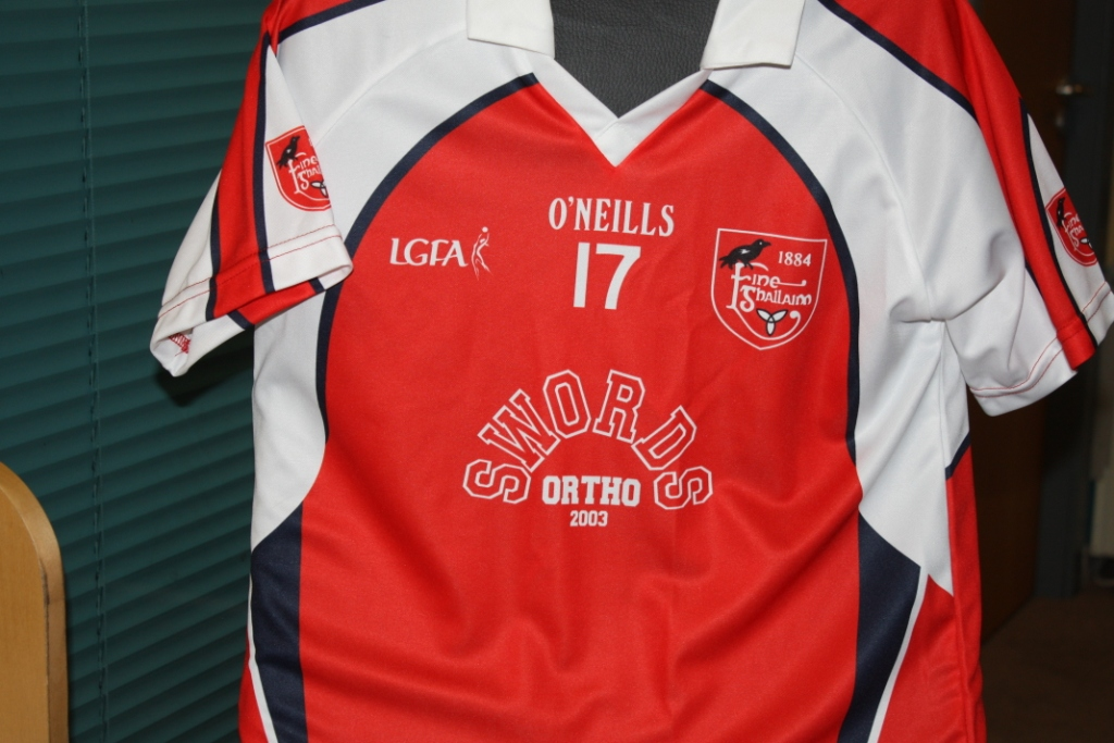 The new Fingallians Under 10s jersey at Swords Orthodontics - it even has our address on it!