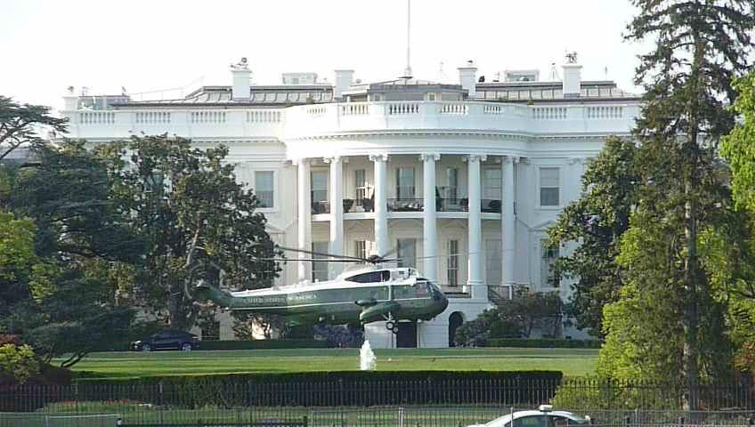Marine One flying from The White House